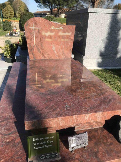 monument-funeraire-erys-1